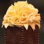 20100217-tows-godiva-chocolate-set-13-600x411.jpg