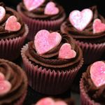 cupcakes-food-heart-Favim.com-197967_large.jpg