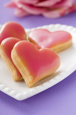 heart-shaped-cookies.jpg