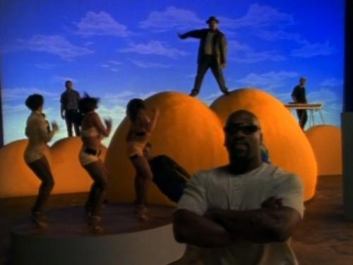 sir-mix-a-lot-baby-got-back.jpg