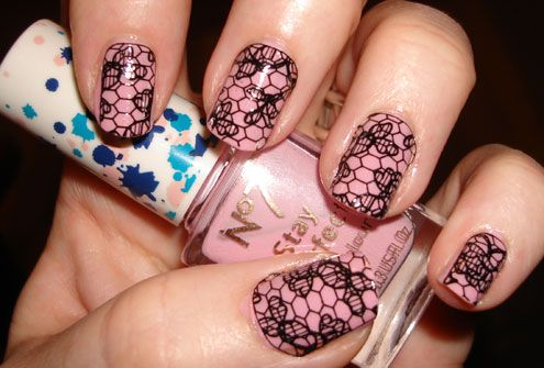 Accessorize-Lace-Nail-Art-T.jpg