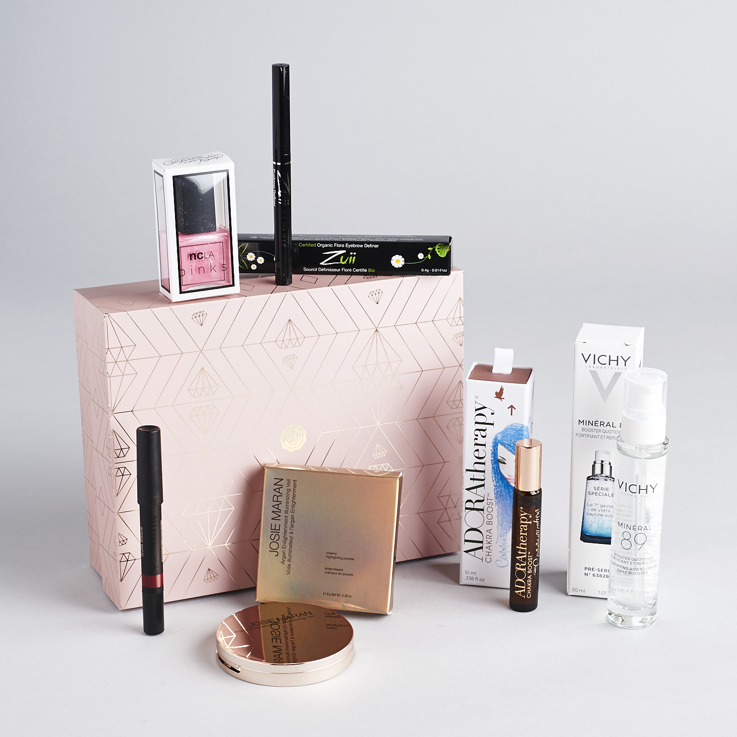 Glossybox-LE-Mothers-Day-April-2017-0004.jpg