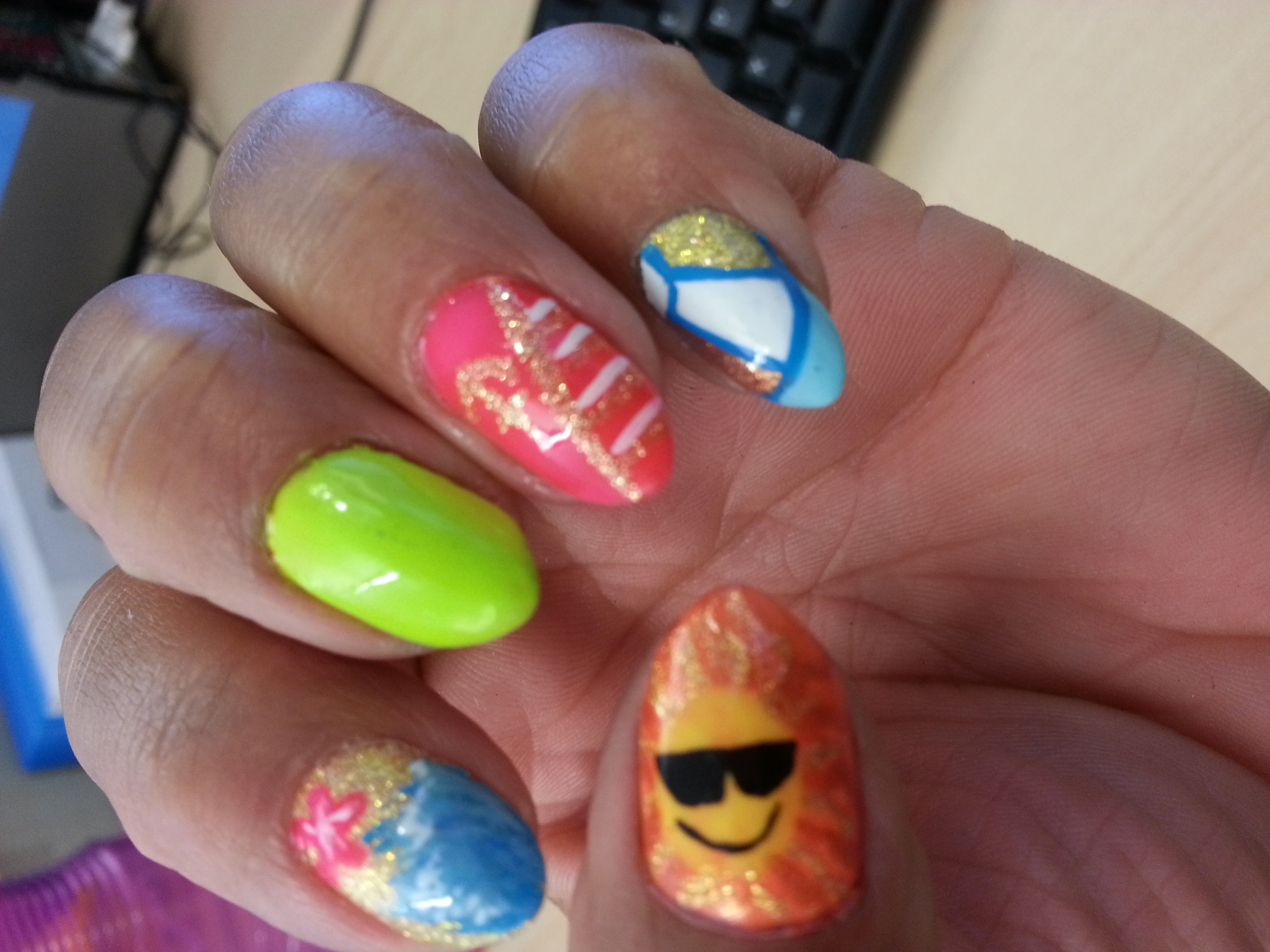 Left Hand Summer Nails Did