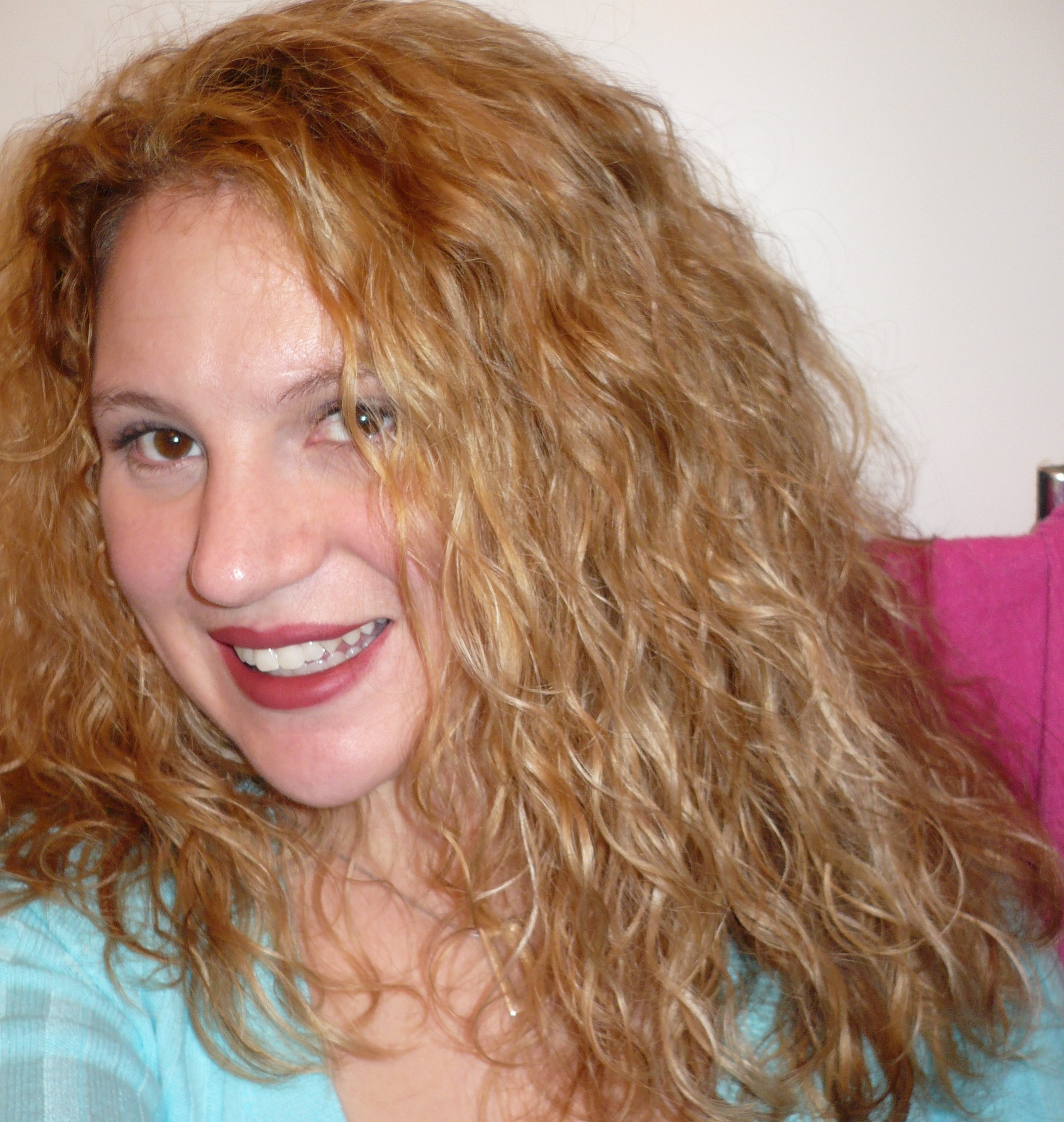 Styling Products For Thick Hair: Best Shampoo, Conditioner, And Products ...