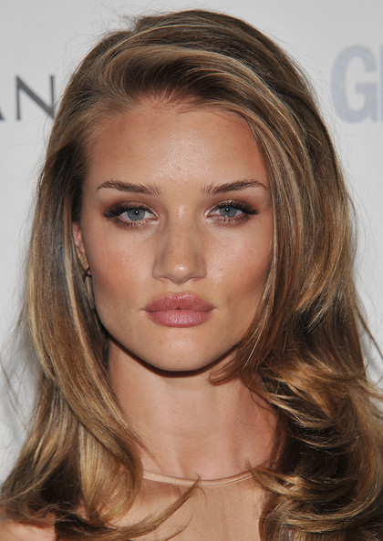 Rosie+Huntington+Whiteley+Creative+Hair+Tools+Hair+Tips.jpg
