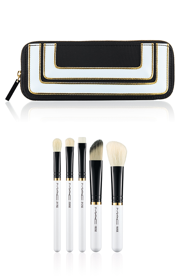 MAC-Stroke-of-Midnight-Essentials-Brush-Set.jpg