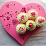 Hearts-and-Flowers-Cupcakes.png