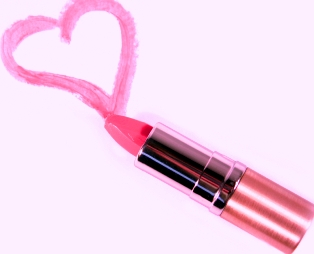 facial-skin-care-products-lipstickheart.jpg