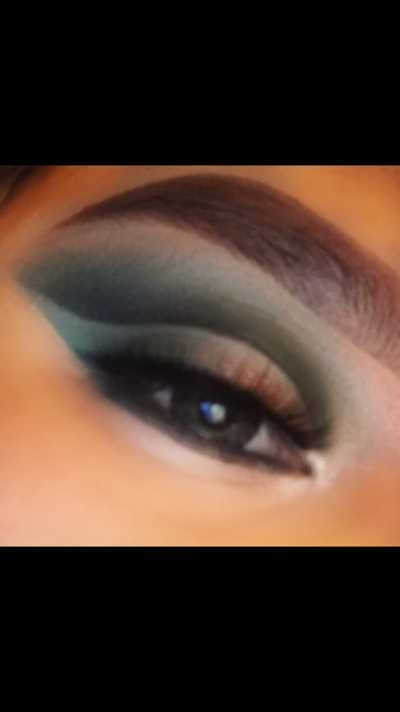 Look from Jaclyn Hill palette