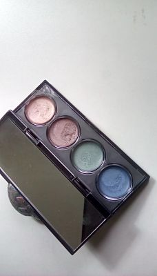 Revlon creme shadow-- sets well, doesn't play well with powders.