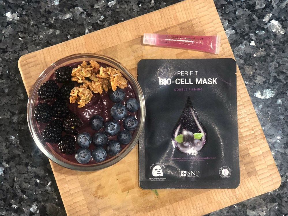 It was all acai sheet masks this week, but the SNP was my favorite of the bunch so it'll be the one I focus on.