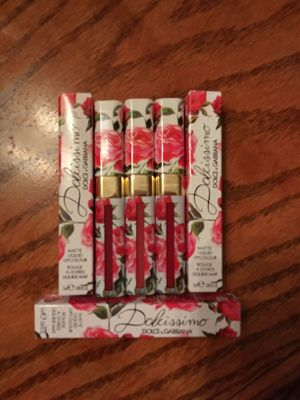 Dolcissimo liquid lipsticks Dahlia, Rosebud, and Ruby.