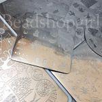 It's so hard to take photos of shiny metal plates!