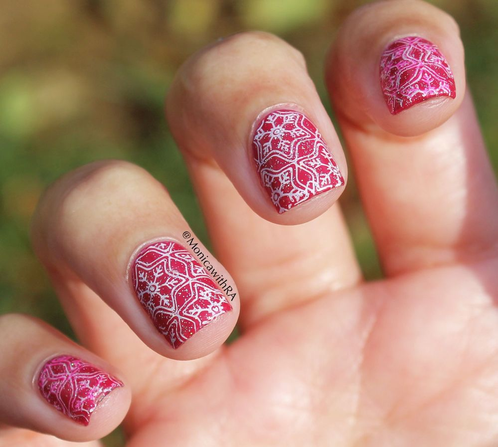 Who says snow nails can't be pink??