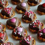 ValentineHeartPretzelTreatsFinale.jpg