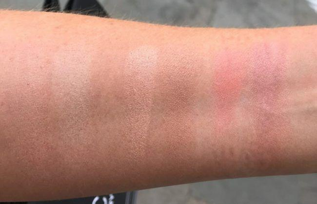 hourglass-ambient-lighting-edit-4-swatches-holiday-2018-650x418.jpeg