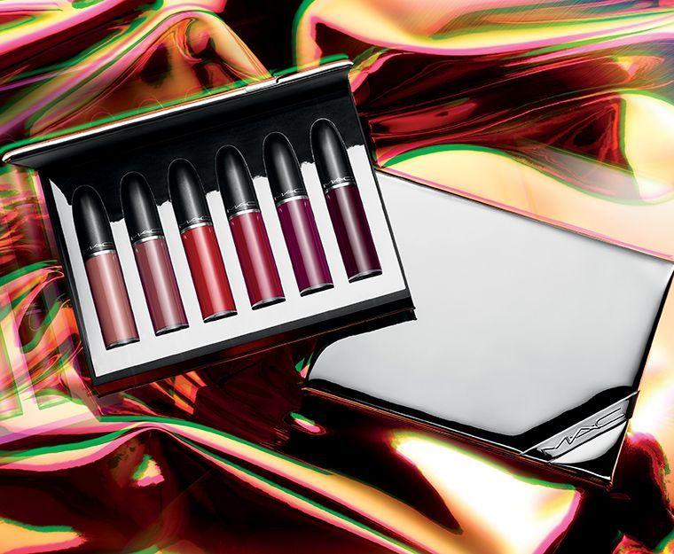 holiday-2018_mac-shiny-pretty-things-kits_002_promo.jpg