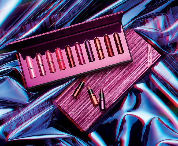 holiday-2018_mac-shiny-pretty-things-kits_006_promo.jpg