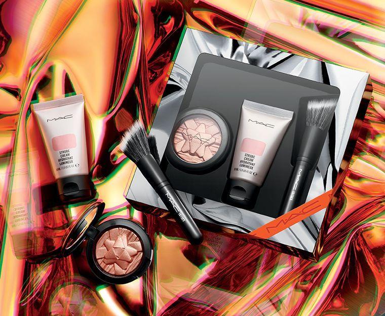 holiday-2018_mac-shiny-pretty-things-kits_009_promo.jpg