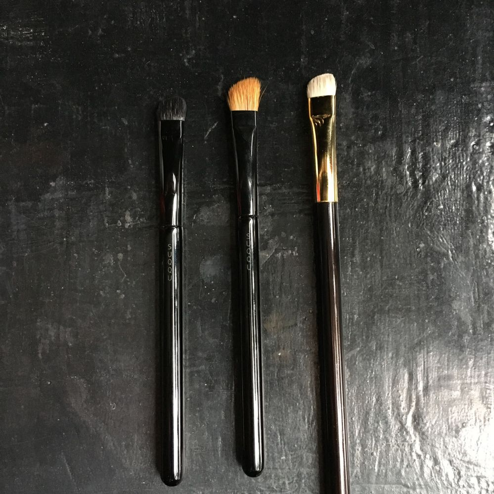 angled shader compared to brow brush and TF12
