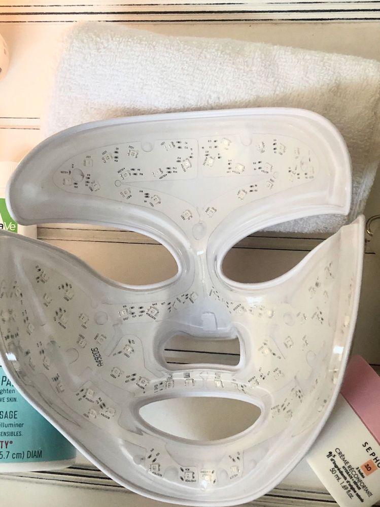 DDg mask.jpeg