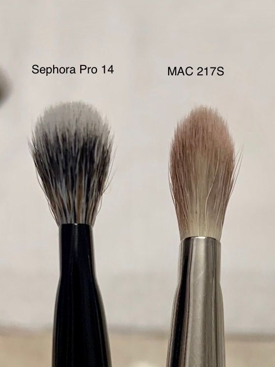 Side profile of Sephora Pro 14 vs. MAC 217 blender.