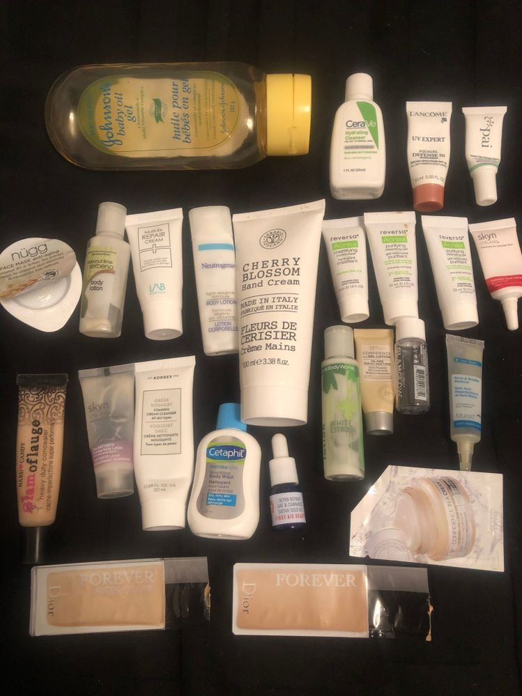 The nopes.  It's not that I flat out hated these, well maybe some of them.  Skyn why do you need to add cooling stuffs to a moisturizer?  The glamoflage was just horrible and is my only de-stash.  The other things were just meh, I used em, but I wouldn't go looking for them again, thats fo sho.