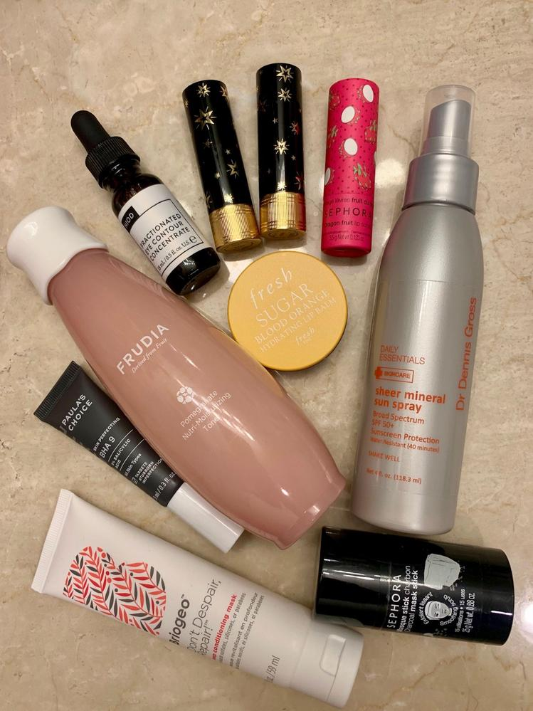 March 2020 favorites: mostly skincare, with a little hair and makeup thrown in.