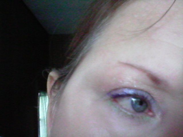 """Veins are """"in"""" for fall eye looks"""