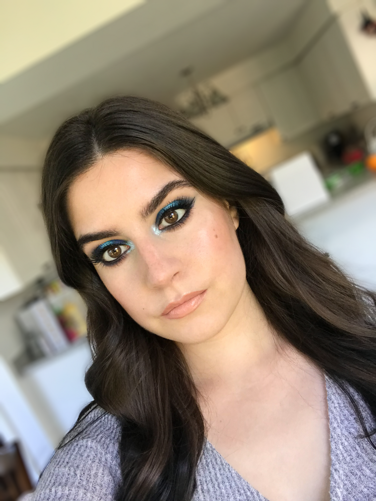 blue halo eye
