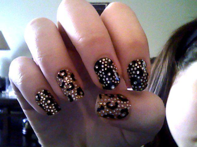 leopard print nails.JPG