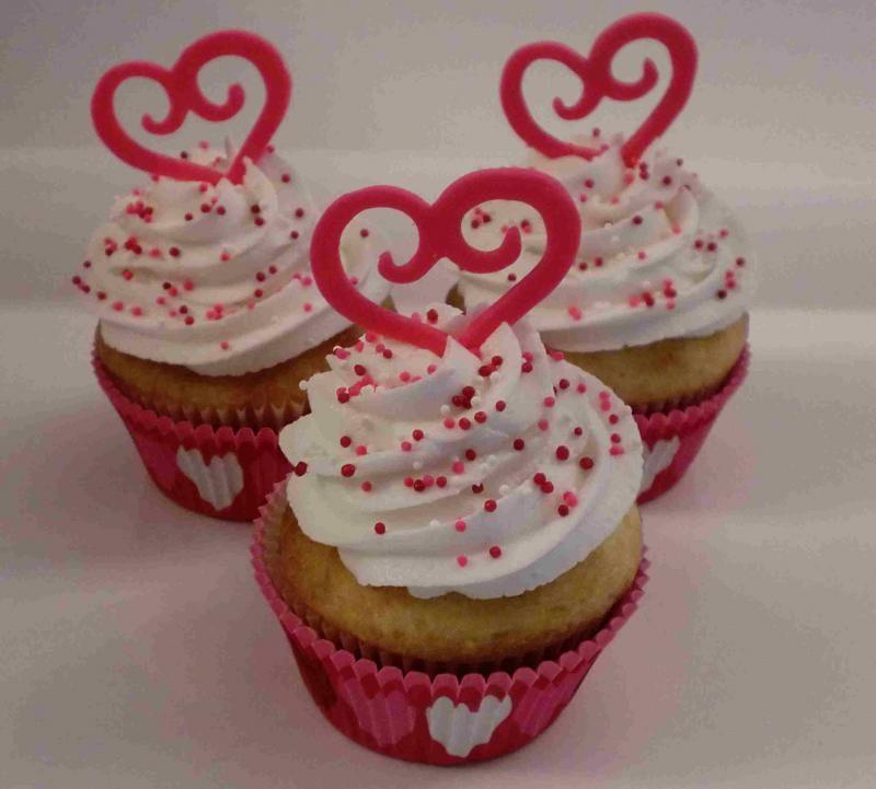 Heart_Cupcakes.161205627_std.jpg