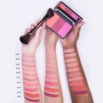 fall-2017_make-up-for-ever-artist-face-color_006_promo.jpg