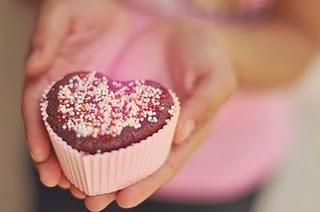 cake-cupcake-cute-heart-love-sugar-Favim.com-65053_large.jpg