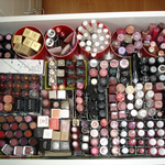 makeup-2.png