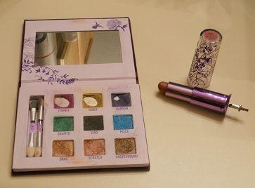 Makeup030211.JPG
