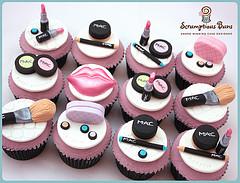 mac cupcakes.jpg