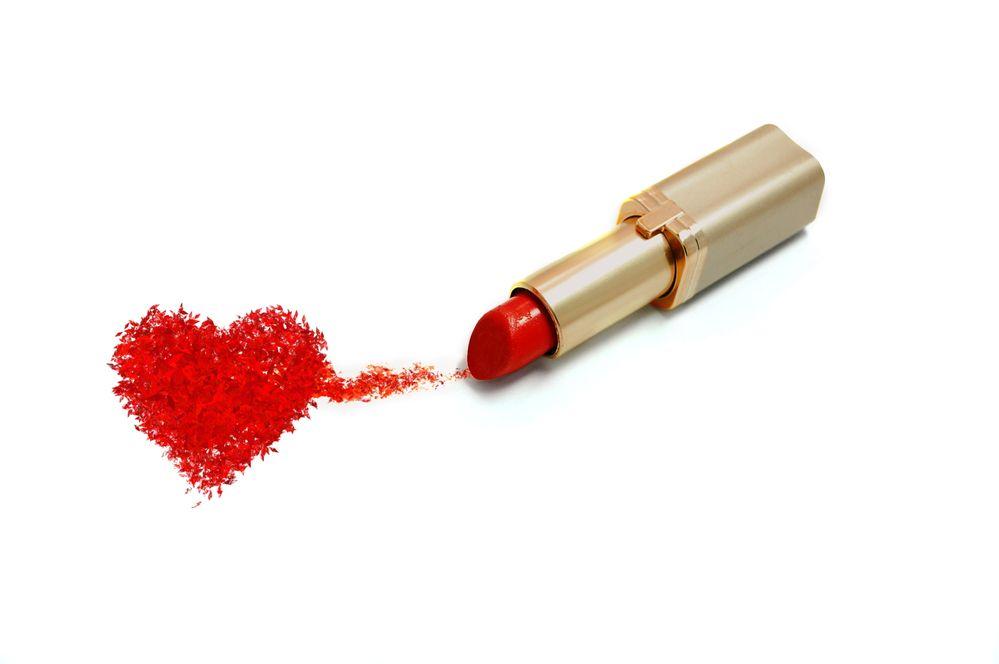Lipstick-Heart.jpg
