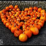 Pumpkin_Heart_by_Moyrah.jpg