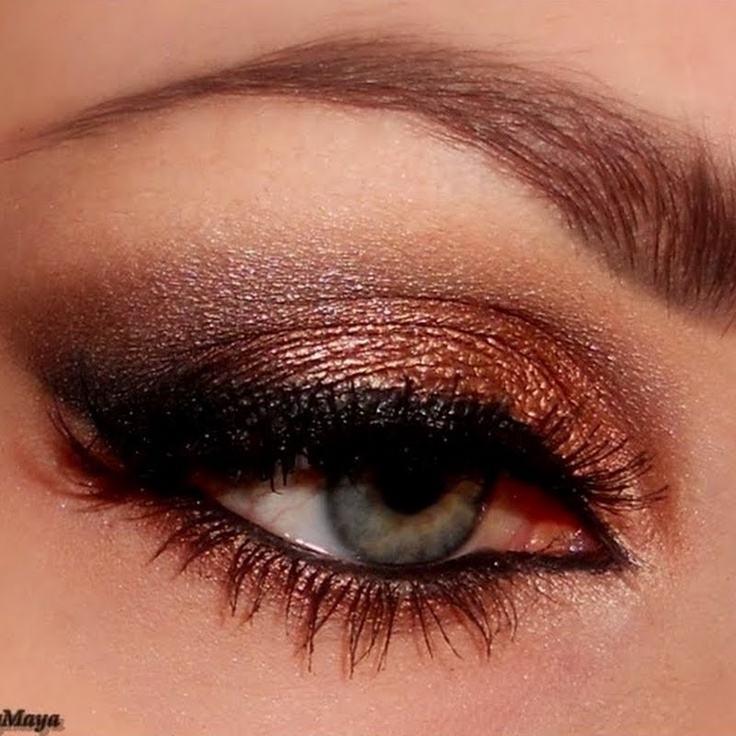 Help Needed Cooper Burgundy Eyeshado Beautytalk