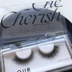 Luminous Collection lash in the style Cherish and glitter bands colour Platinum