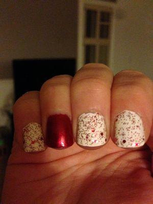 christmas nails.jpg