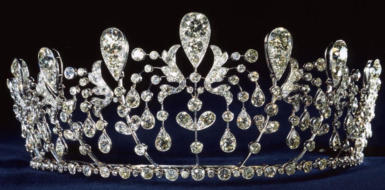 tiara.jpg