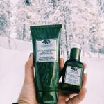 The beautiful Origins Mega Mushroom Mask & Serum. The perfect treat for the skin after a long day in the cold.