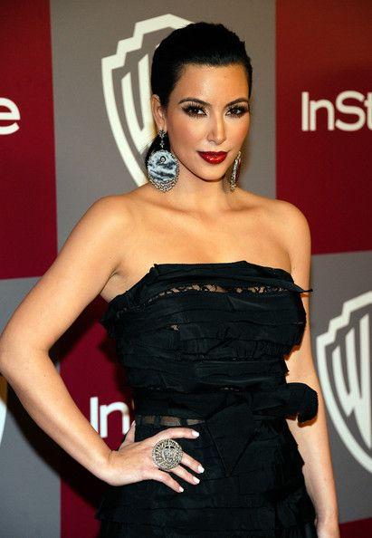 Kim+Kardashian+2011+InStyle+Warner+Brothers+T0KWk02qfvSl.jpg